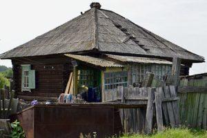 «Крайняя изба» Михаила Голубкова